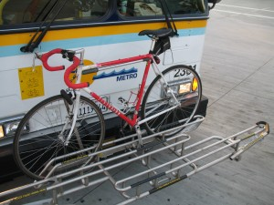 Bikerack_for_three_bicycles_on_Highway_17_Express_Bus[1]