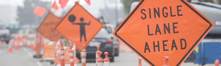 Single lane ahead warning message